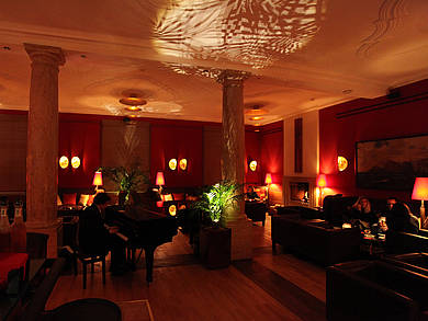 Al Camino Jazz Bar Lounge in Schloss Elmau