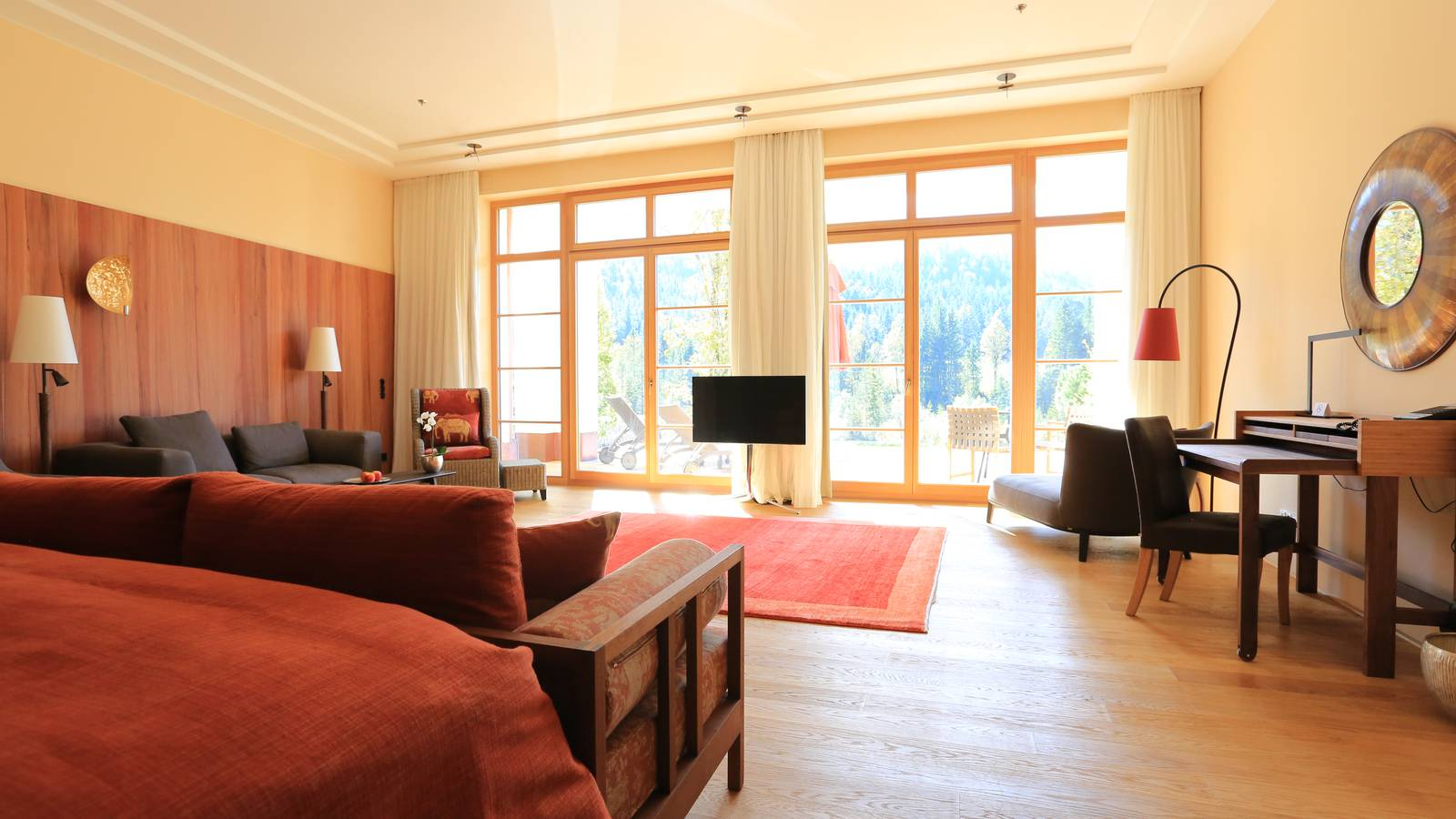 Suite im Schloss Elmau Luxury Spa Retreat