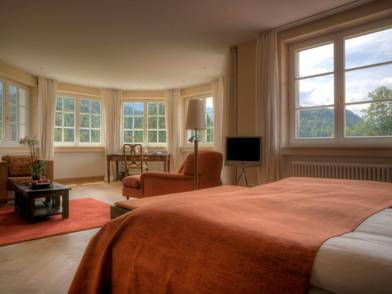 rooms suites in the hideaway schloss elmau. Black Bedroom Furniture Sets. Home Design Ideas